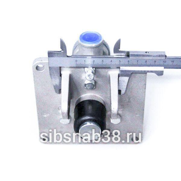Главный тормозной кран XM-60C LW300F, LW500F С/О — 800901158