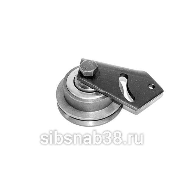 Ролик натяжитель ремня компрессора 13031840 Deutz TD226B WP6G (с креплением)